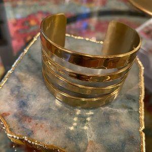 Rustic Cuff gold cuff 😍